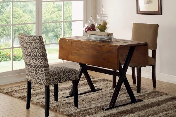 How to Choose the Right Wooden Dining Table Set for Your House?