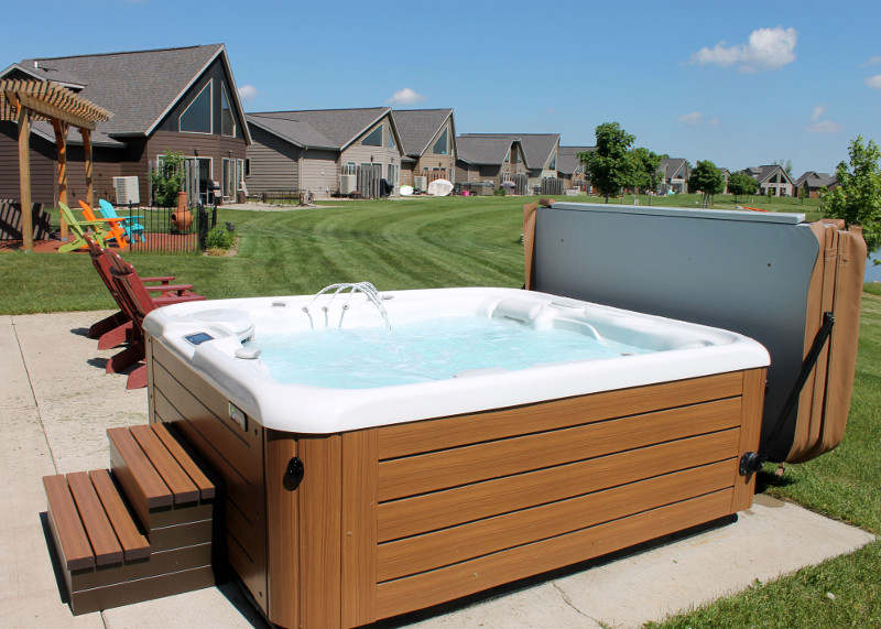 What Type of Accessories Can You Use in Your Hot Tub?