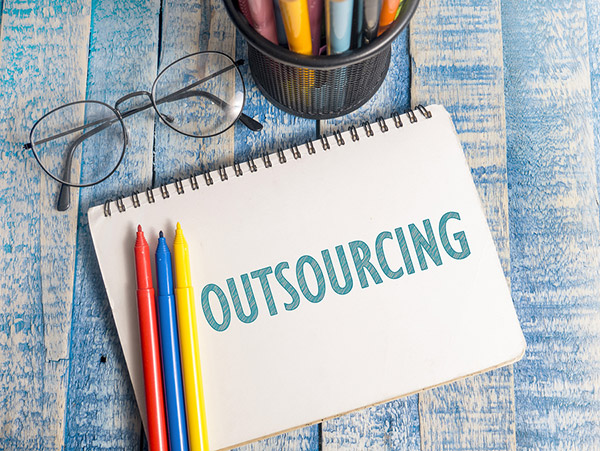 Payroll outsourcing: 3 reasons to choose!