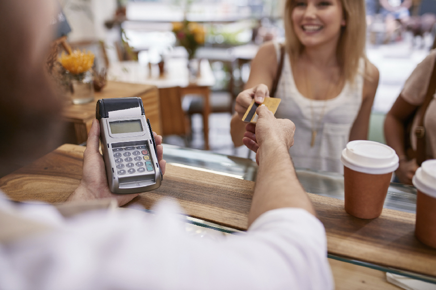 5 Benefits of Accepting Credit Cards in Ecommerce Business