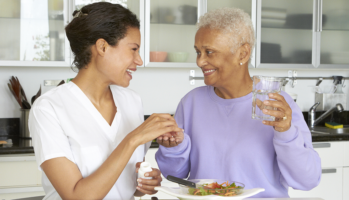 Looking for home health aides? Here's what to expect!