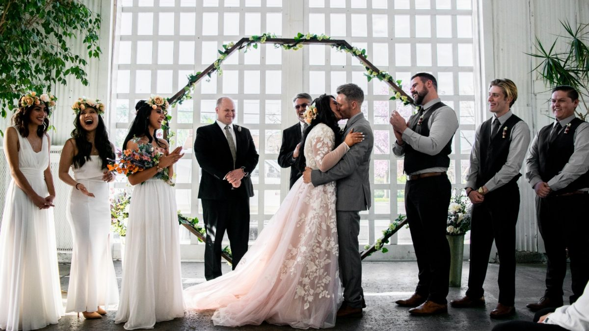 Why do you need to hire professional Wedding Photographers?